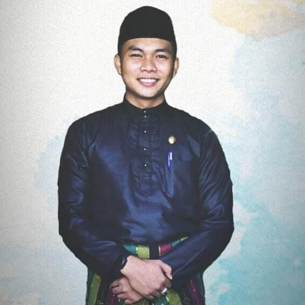 Ketua LAM Rau Kec. Rumbai Kota Pekanbaru M. Irfan Dt. Laksemana  Sesalkan Perbuatan Selebgram Keanu